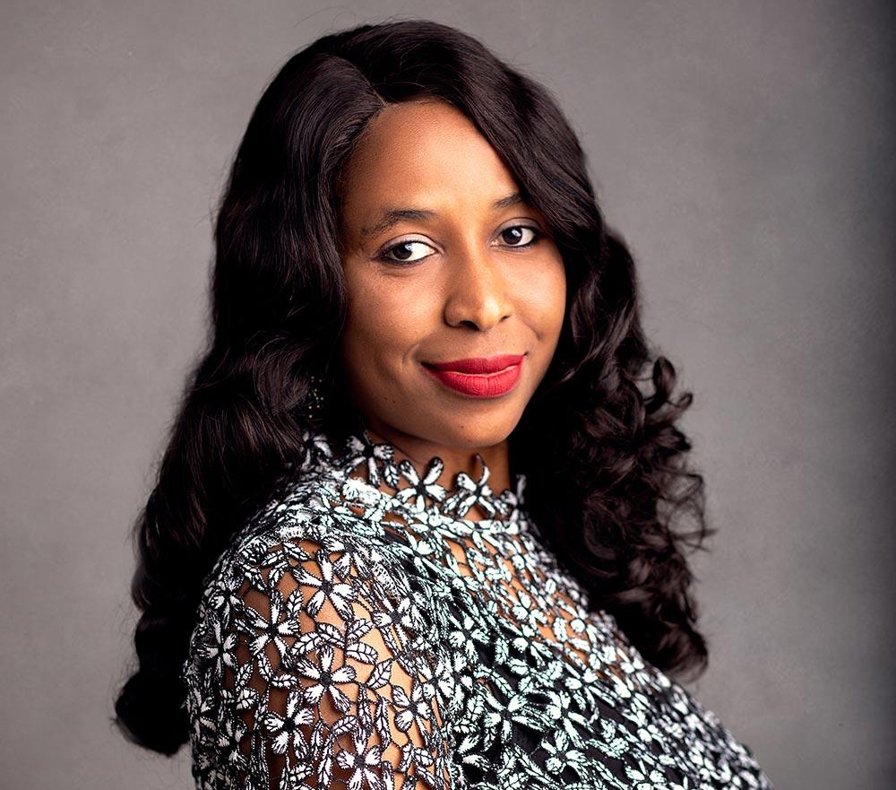 Linda Oba - Project manager